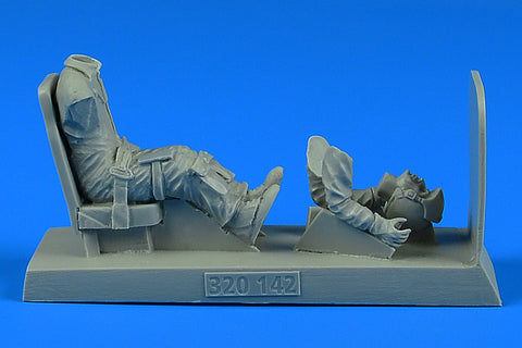 Aerobonus 1/32 scale resin USAF Pilot with seat for O-2 (1 fig.) - 320142