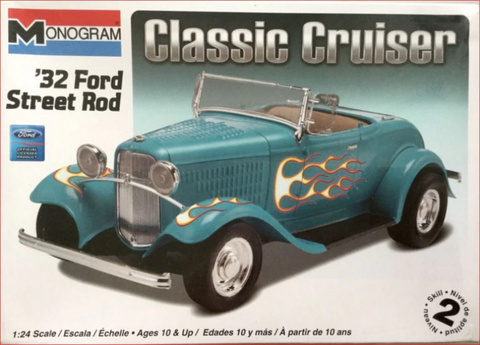MONOGRAM 1/24 scale Classic Cruiser '32 Ford Street Rod kit#85-0882