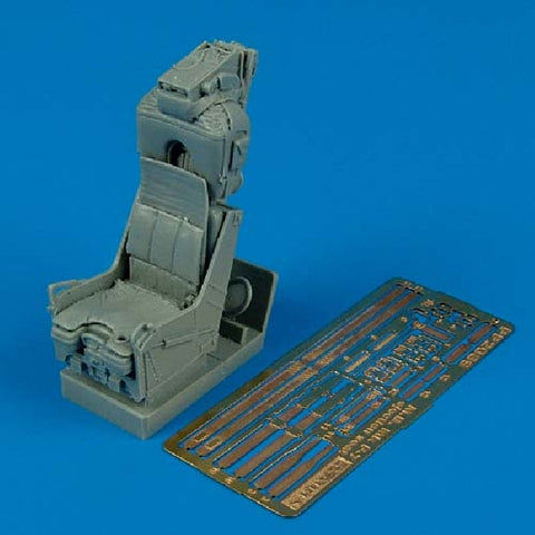 1/32 Aires M.B. Mk F7 Ejection seat for F-8 Crusader #2089