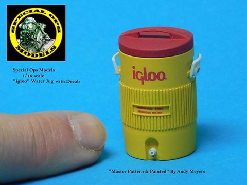 Special Ops 1/16 Modern Equipment Miniature Igloo Medium Water Jug x1 w/decals
