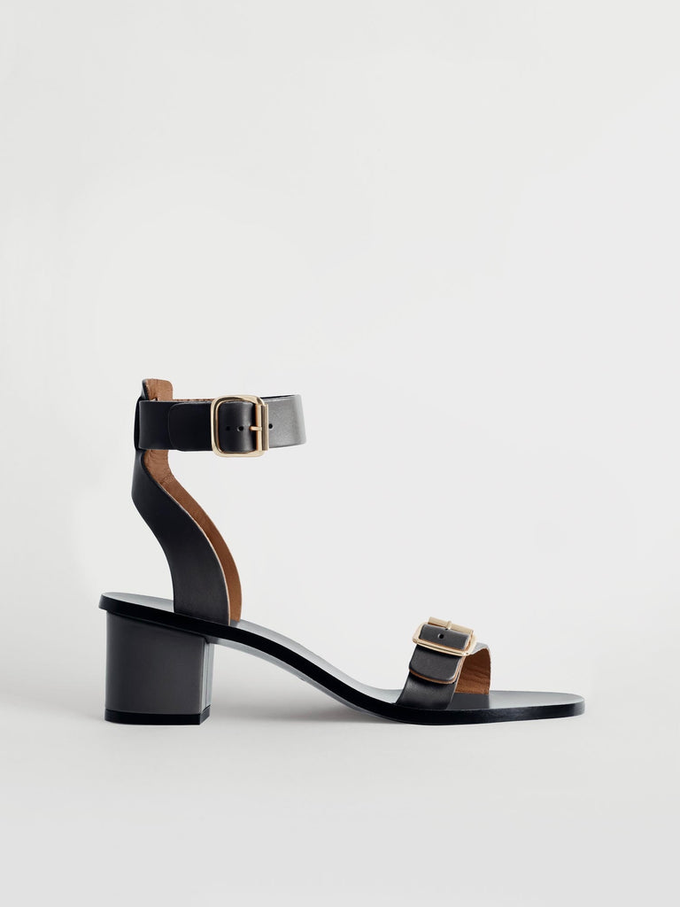 Carmen Sandals - ensemble