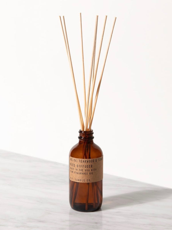 NO. 04 Teakwood & Tobacco Diffuser - ensemble