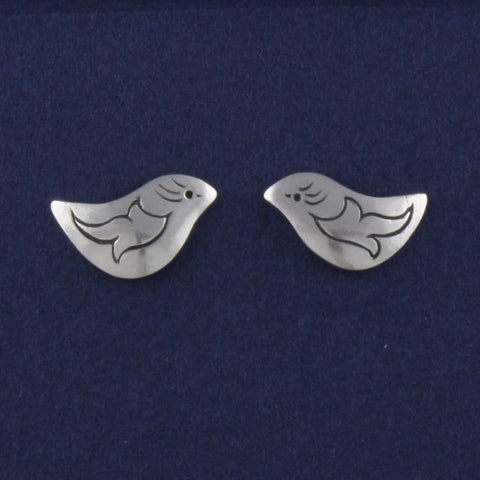 bird stud earrings petite etched - Ruth - Portobello Lane