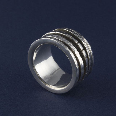 silver meditation ring - Ithil Metalworks - Portobello Lane