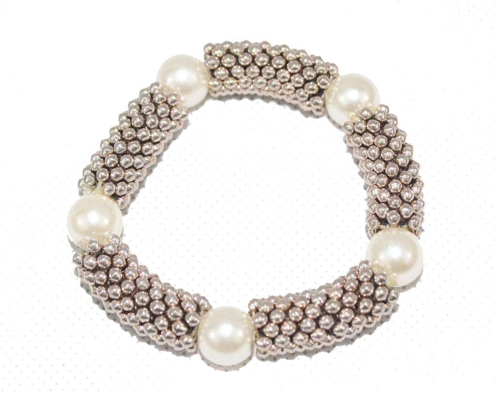 Pearl and beads silver elasticated bracelet