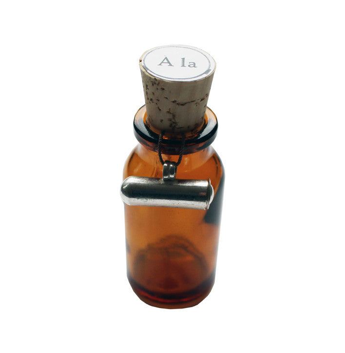 A La ketting bottle - NO CHAOS & CO