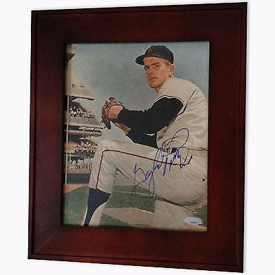 Gaylord Perry Autographed Photo, Framed - Rock N Sports