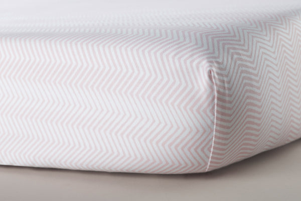 Oilo Blush ZigZag Crib Sheet