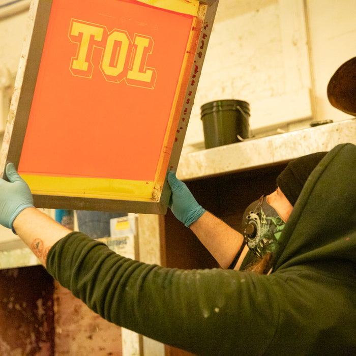 How to burn a screen for screen printing t-shirts [With video]