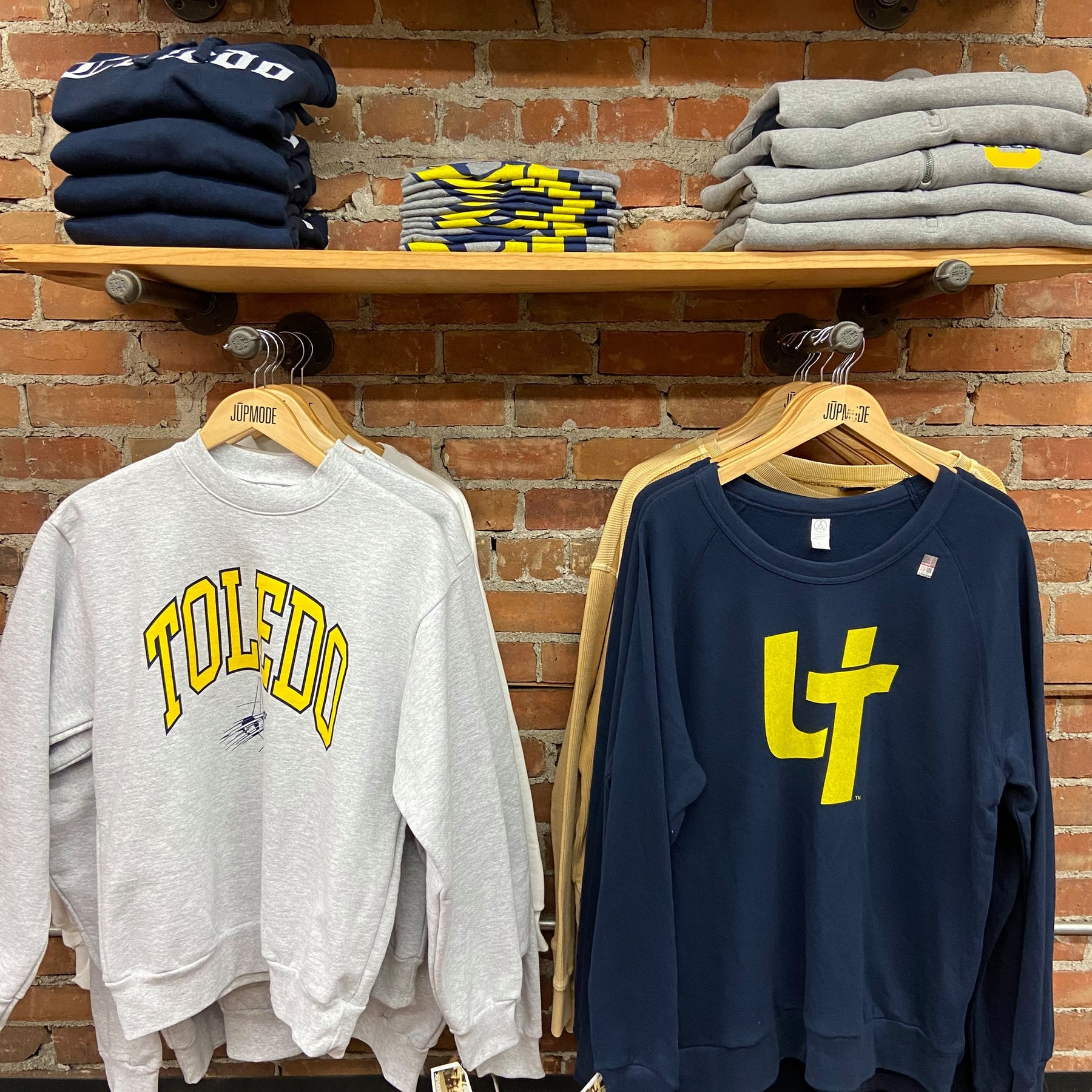 University of Toledo Gifts for New UT Students [UT Rockets Apparel]