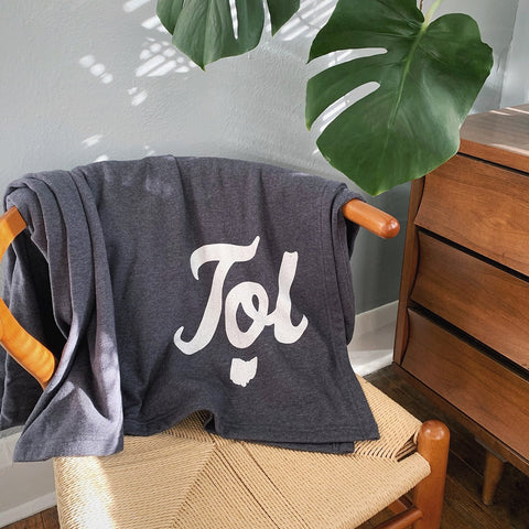 toledo ohio sweatshirt blanket
