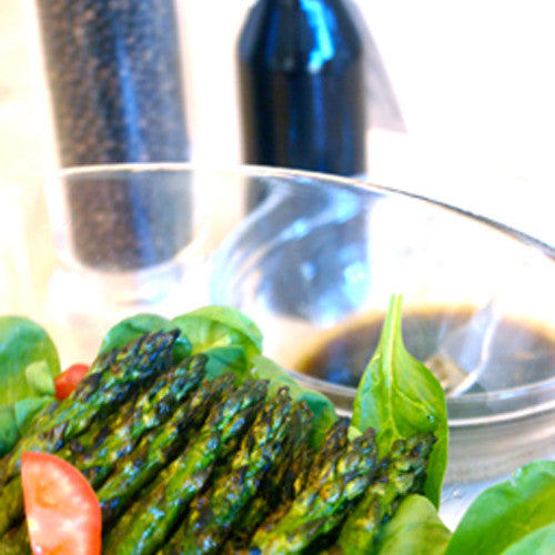 Spinach Salad With Grilled Asparagus And Balsamic Vinaigrette