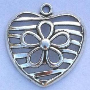 Heart Pendant/Charms with Flower in the Center (4 Pieces)