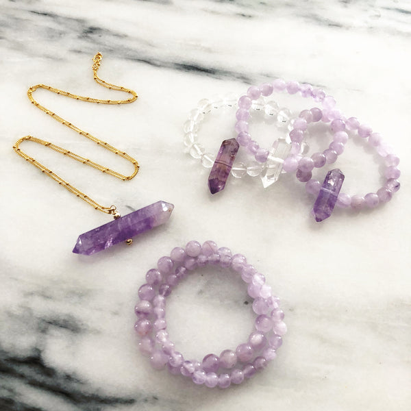 Balancing Juju Necklace in Amethyst | Horizontal