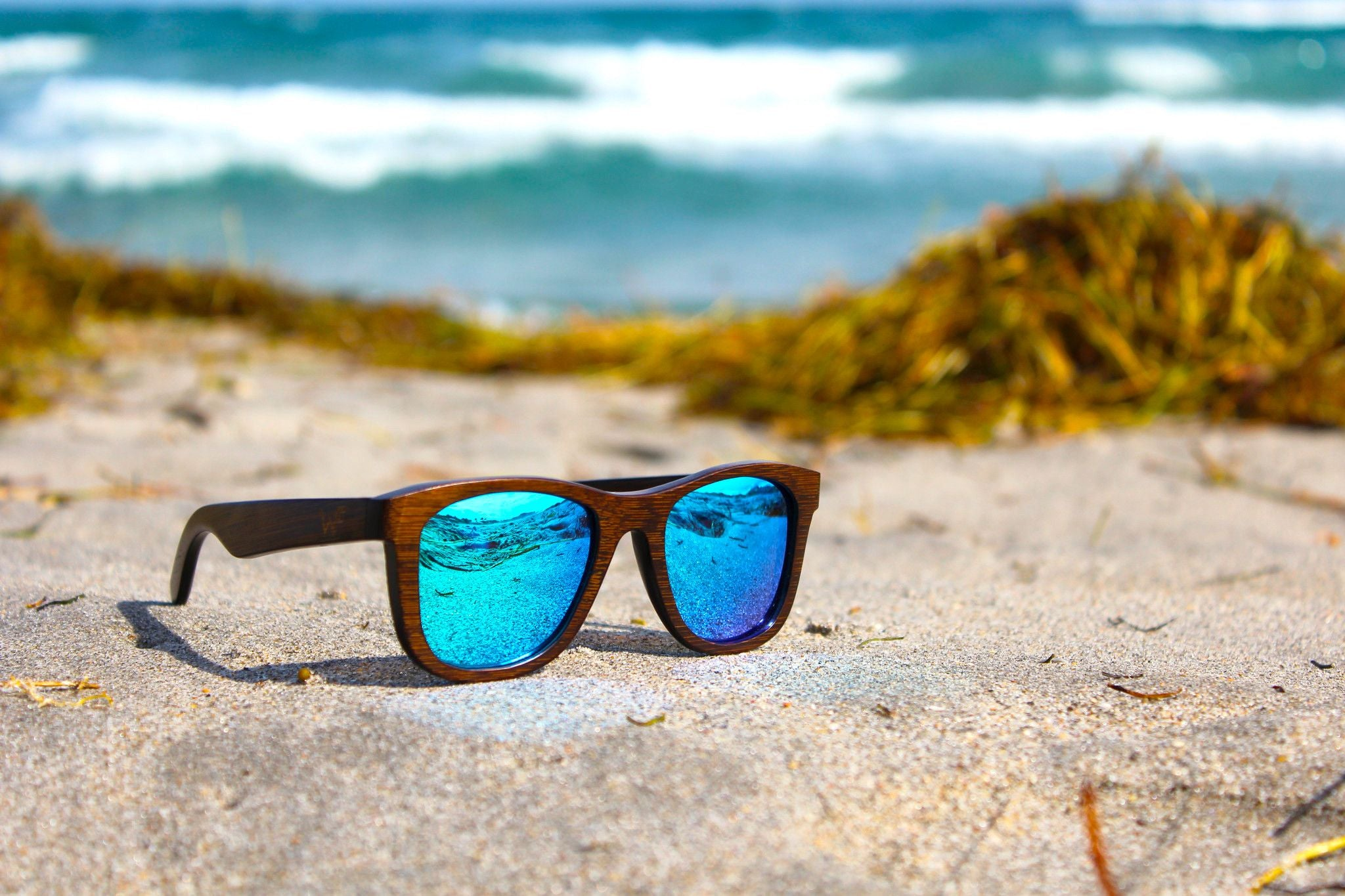 floating-bamboo-sunglasses-aqua-blue-stiffies-woody-frames