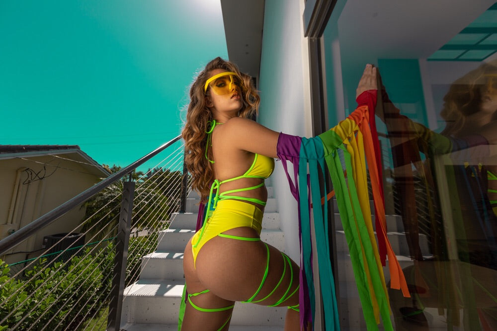 Exclusive  2pc Lemon Lime Body Wrap Outfit