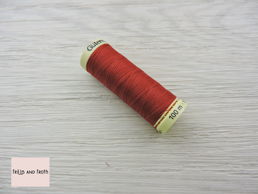 Gutermann Red Sew-all Thread 100% Polyester sewing thread 100m Reel Blue sewing thread Gutermann colour number 365 You know where you are with Gutermann