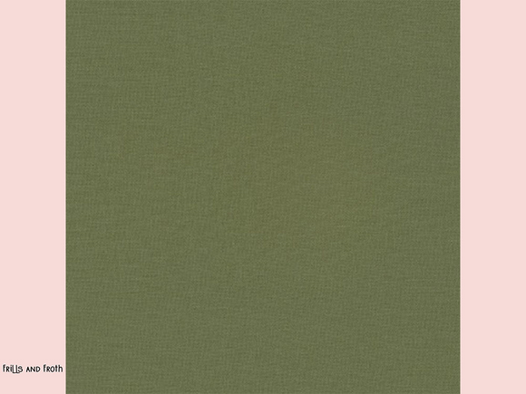 Robert Kaufman 'Kona' fabric in 'O.D. Green' quilting fabric