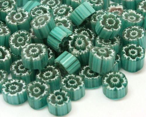 M03 - Teal Flowers (4-8mm)
