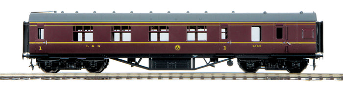 "MTH 22-60063 - LMS Standard Passenger Car ""London, Midland & Scottish Railway"" (Fine Scale Wheels)"