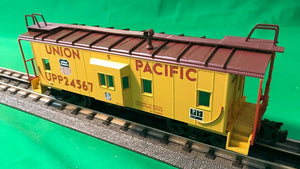 "Atlas O 2001742 - Trainman - Bay Window Caboose ""Union Pacific"" (Steam Train Service)"