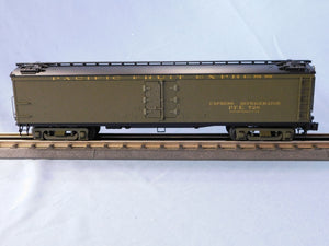 "Atlas O 3001029 - General American 53'6"" Wood Express Reefer Car ""Pacific Fruit Express"""