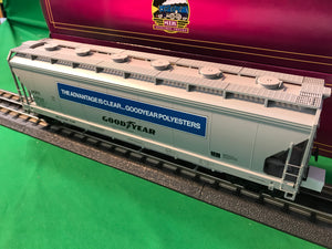"MTH 20-97900 - 3-Bay Centerflow Hopper ""Goodyear Tire & Rubber"""