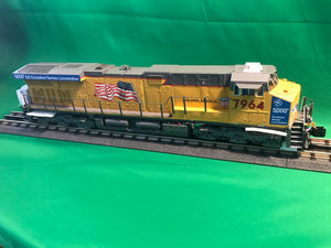 "Lionel 1933321 - Legacy ES44AC Diesel Locomotive ""Union Pacific"" #7964"