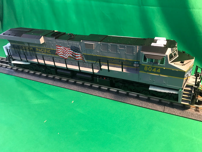 "Lionel 1933324 - Legacy ES44AC Diesel Locomotive ""Union Pacific"" #8044  (Greyhound)"