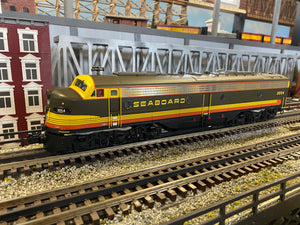 "MTH 20-21369-1 - E-8 A Unit Diesel Engine ""Seaboard"" #3054 w/ PS3 (Hi-Rail Wheels)"