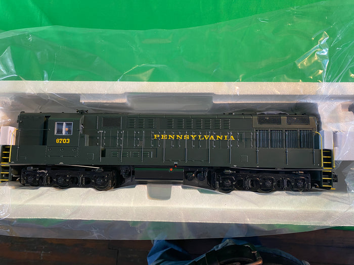 "Lionel 2033420 - Legacy Train Master Diesel Locomotive ""Pennsylvania"" #8703"