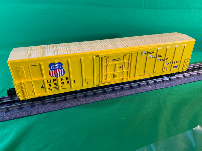 "Lionel 2026530 - Smoking 57' Mechanical Reefer ""Union Pacific"""