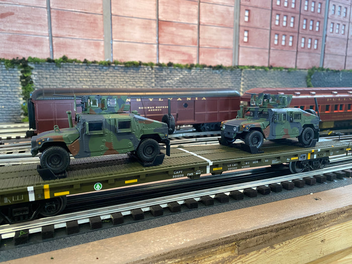 "MTH 20-92270 - 60' Flat Car Set ""U.S. Army"" w/ (2) Humvee Vehicles"