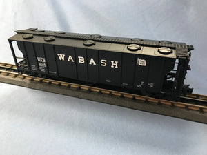 "Atlas O 2002513 - Trainman - 3-Bay PS-2 Covered Hopper ""Wabash"""