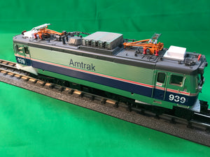 "MTH 20-5710-1 - AEM-7 Electric Locomotive ""Amtrak"" Phase IV #939 w/ PS3"