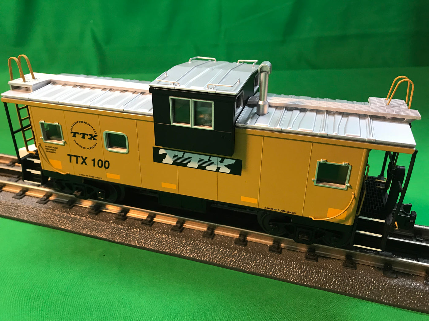 MTH 20-91623 - Extended Vision Caboose