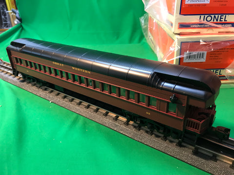 "MTH 20-40051 - 70' Madison Baggage/Coach Passenger Set ""Chicago Great Western"" (2-Car)"