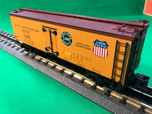 "MTH 20-94421 - 36' Woodsided Reefer Car ""Pacific Fruit Express"""