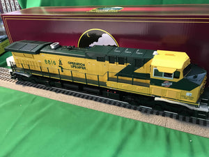 "MTH 20-21065-1 - AC4400cw Diesel Engine ""Chicago & North Western"" #8816 w/ PS3 (Hi-Rail Wheels)"