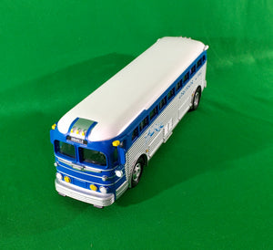 "MTH 30-50118 - Die-Cast Bus ""Greyhound"" (Amarillo)"