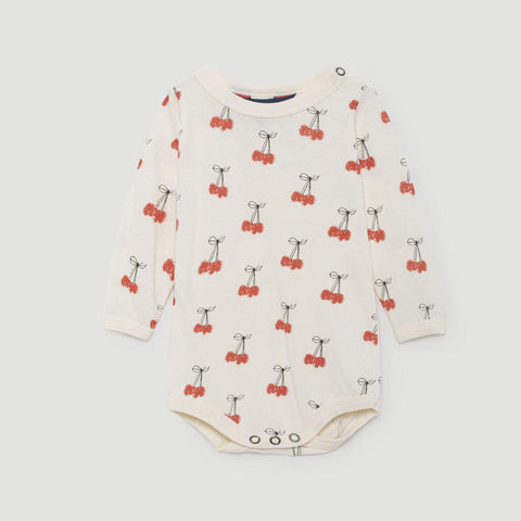 The Animals Observatory Wasp Unisex Long Sleeve Baby Body Onesie Top in White Cherries | BIEN BIEN