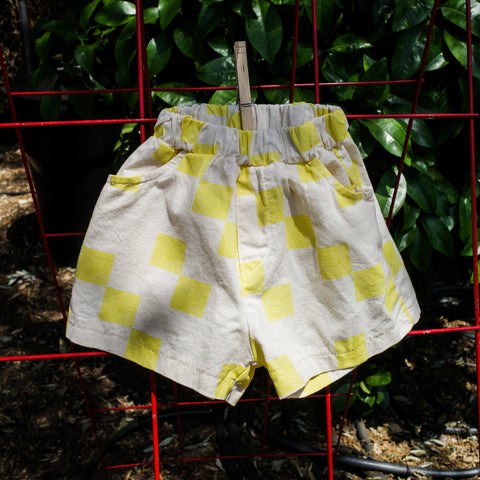 From Korea - NEW Amore Cube Kid's Short White/Yellow Checker Print | BIEN BIEN