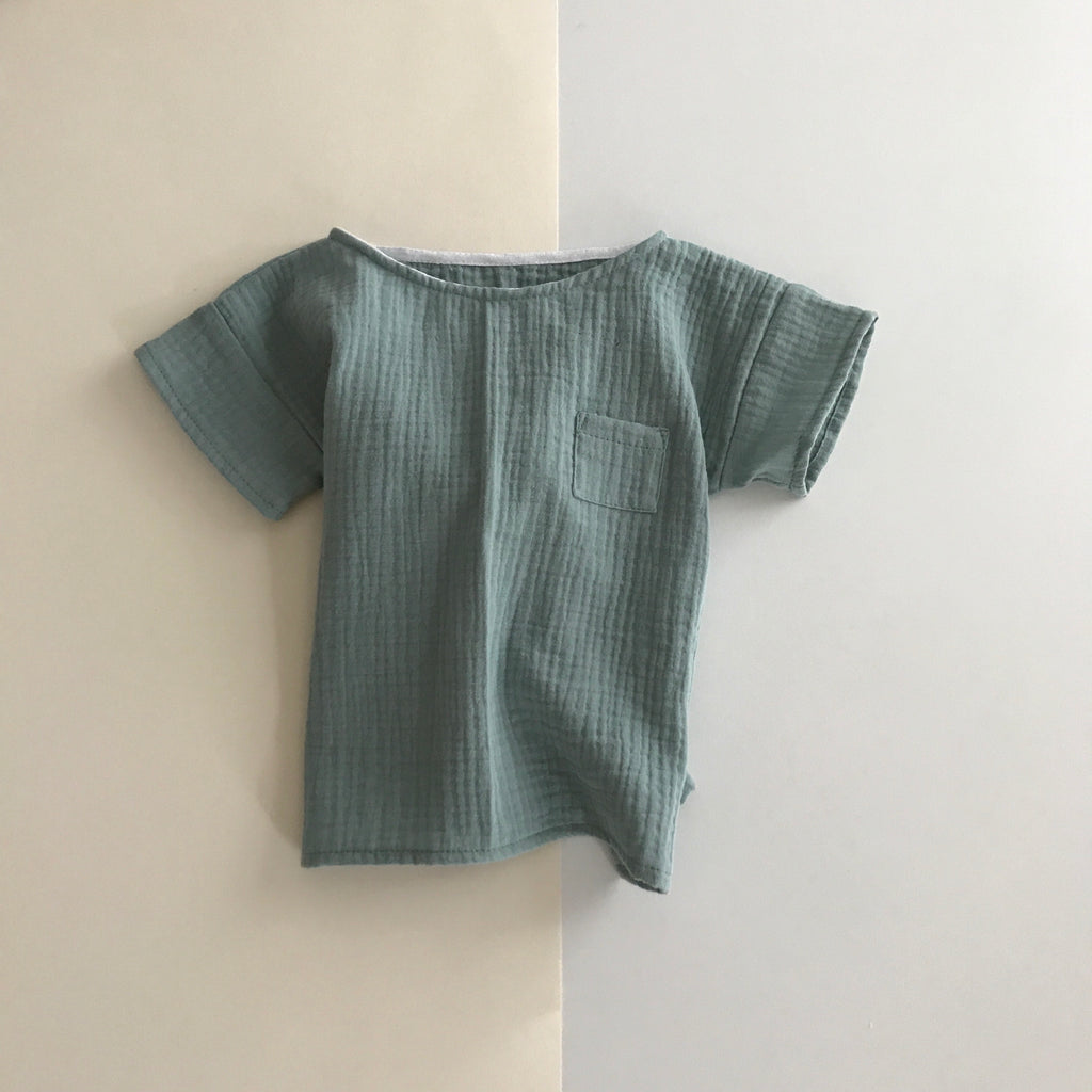 Liilu Pocket T-Shirt Sage | Unisex kid's organic cotton tee | BIEN BIEN