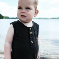 Poudre Organic Elderberry Baby & Kid's Linen Sleeveless Tank Pirate Black | BIEN BIEN bienbienshop.com
