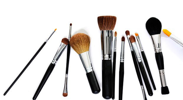 Natural Vs. Synthetic Brushes