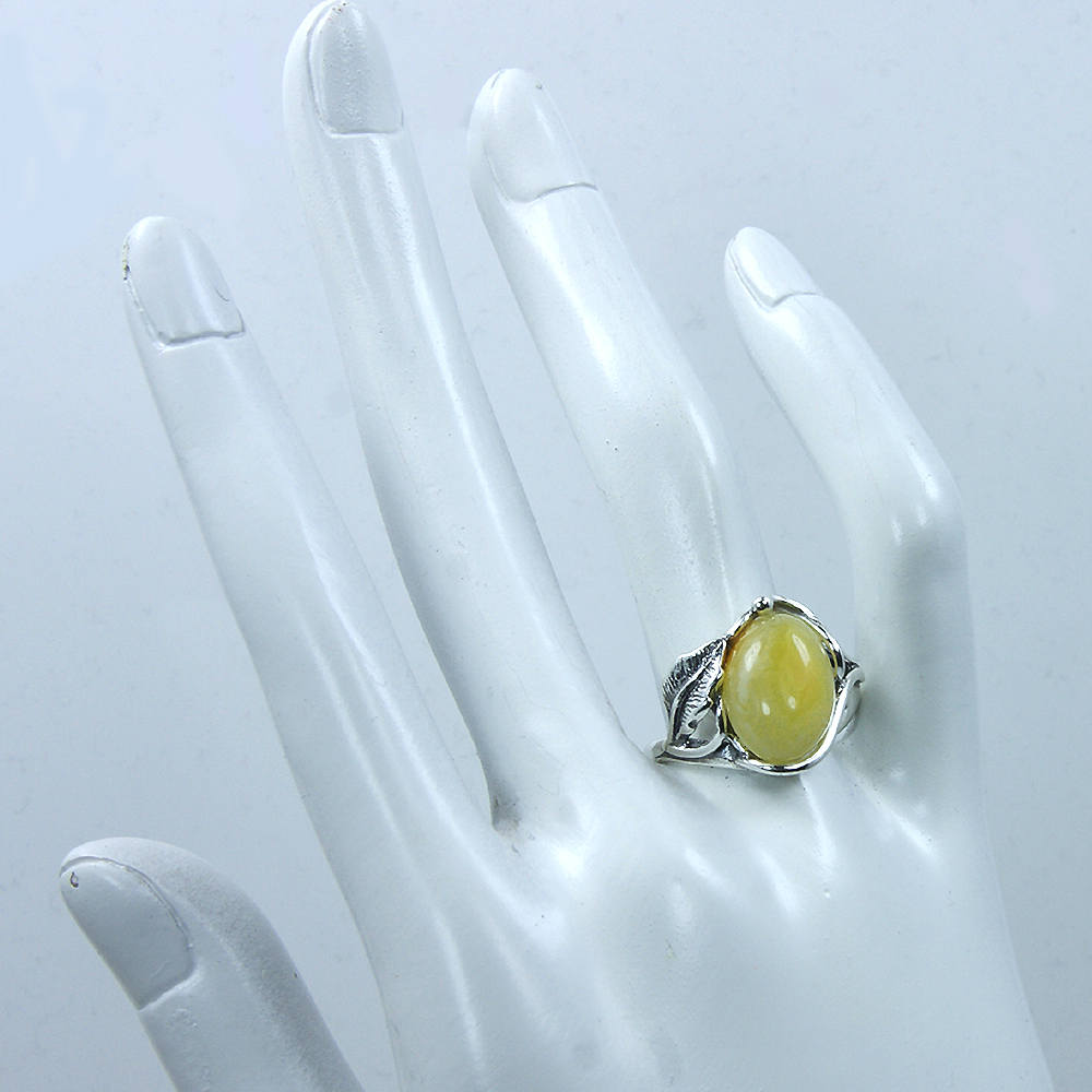 Sterling Silver Natural Butterscotch Baltic Amber Ring - The Silver Plaza