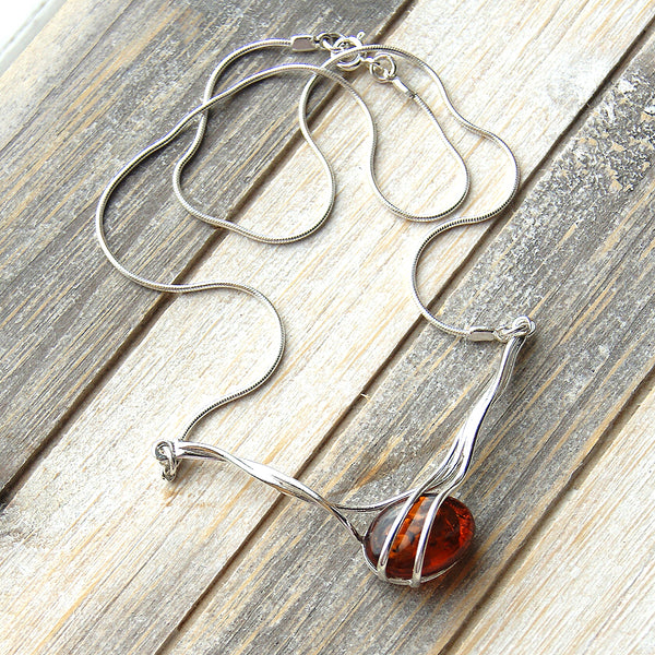 Elegant Sterling Silver Natural Honey Baltic Amber Necklace