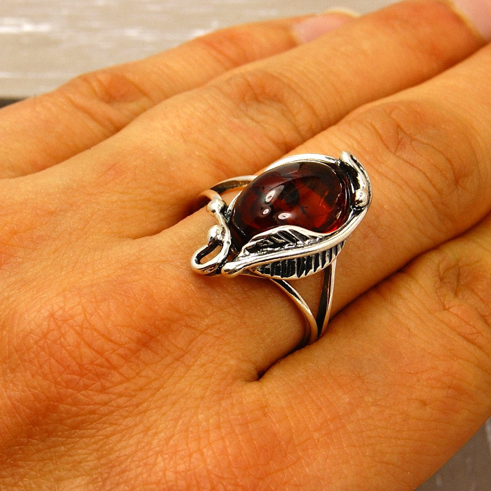 'Passion Leaf' Sterling Silver Baltic Amber Ring - The Silver Plaza