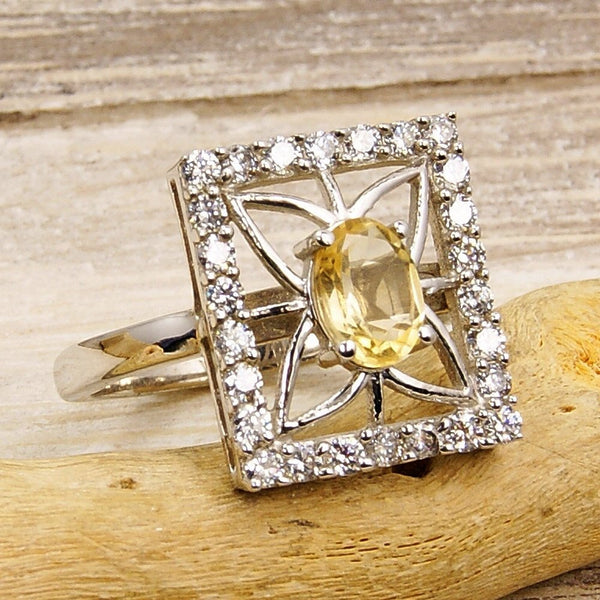 'Sunshine' Citrine Ring Sterling Silver Ring Size 7 - The Silver Plaza