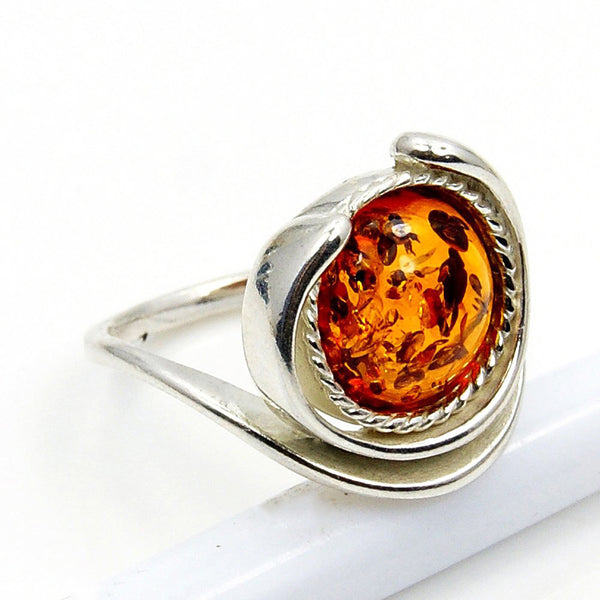 'Eye of The Soul' Sterling Silver Baltic Amber Ring Size 5.75